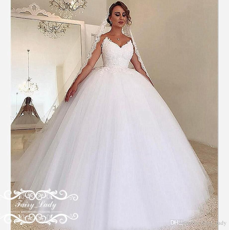 Country vintage lace wedding dresses  Vintage Puffy Ball Gown Lace Wedding Dresses Country Long