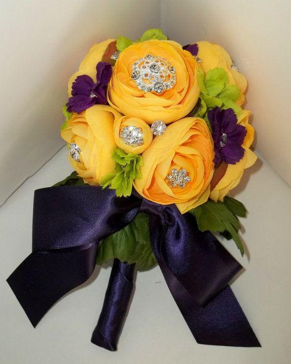 Bridal Bouquet Brooch Flower Bouquet Wedding by kathyjohnson3, $90.00