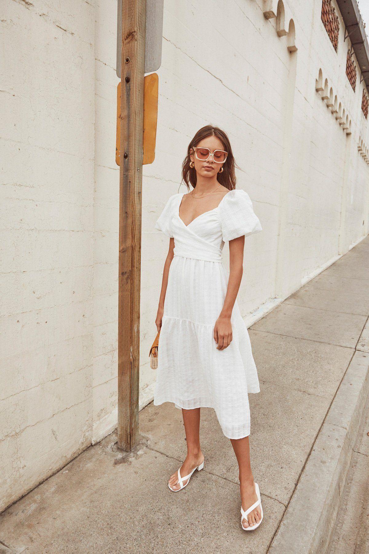Sonnet Puff Sleeve Midi Dress Astr The Label Puff Sleeve Midi Dresses White Midi Dress Puff Sleeve Dresses [ 1800 x 1200 Pixel ]
