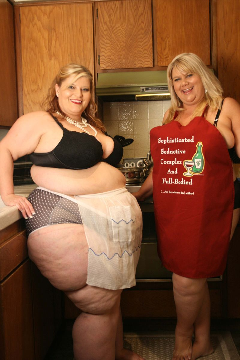 Mature bbw kitchen