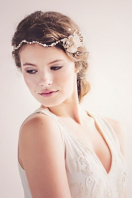 Andromeda bridal headpiece by Gadegaard Design, Photocredit: www.tinaliv.com Model: Mira Elisa Obling