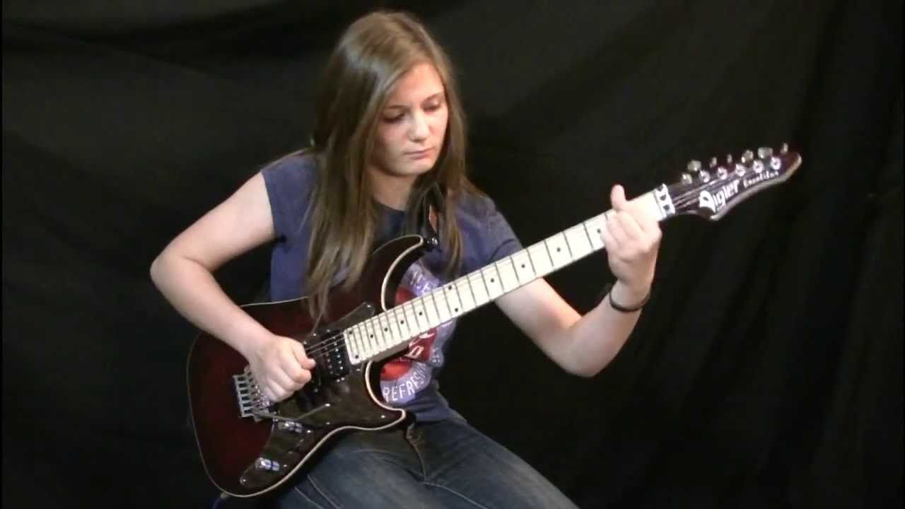 Check Out This 14 Year Old Nonchalantly Play Van Halen S Eruption Guitar Solo And Goes Viral With 1 7 Million Views In 3 Day Van Halen Guitar Best Guitarist
