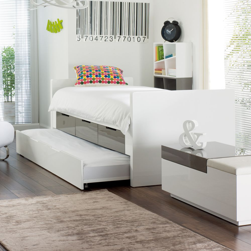Buddy Bed With Storage Drawers And Pull Out Bed Stone And
