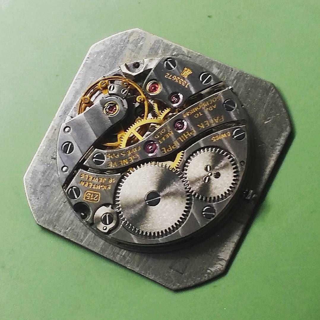 @kimhanmoi  파텍 215 무브먼트  #tourbillon #timepiece #watchmaker #movement #dailywatch #vintagewatch #watches #instawatches #horophile #watchlover #watchcollector #watchcollections #watchesgrade #watchreview #watchporn #wristporn #wotd #horology #wus #watchanish #patek #PatekPhilippe #수동시계 #무브먼트 #파텍 #파텍필립 #breguet #audemarsPiguet #VacheronConstantin #moiwatch by kimhanmoi