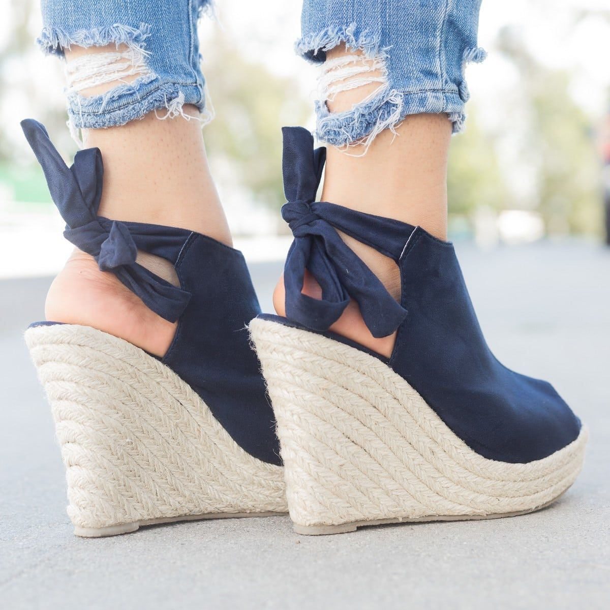 1e859b896 Back-Knot Espadrille Wedges | Stylish | Zapatos, Zapatillas, Calzas