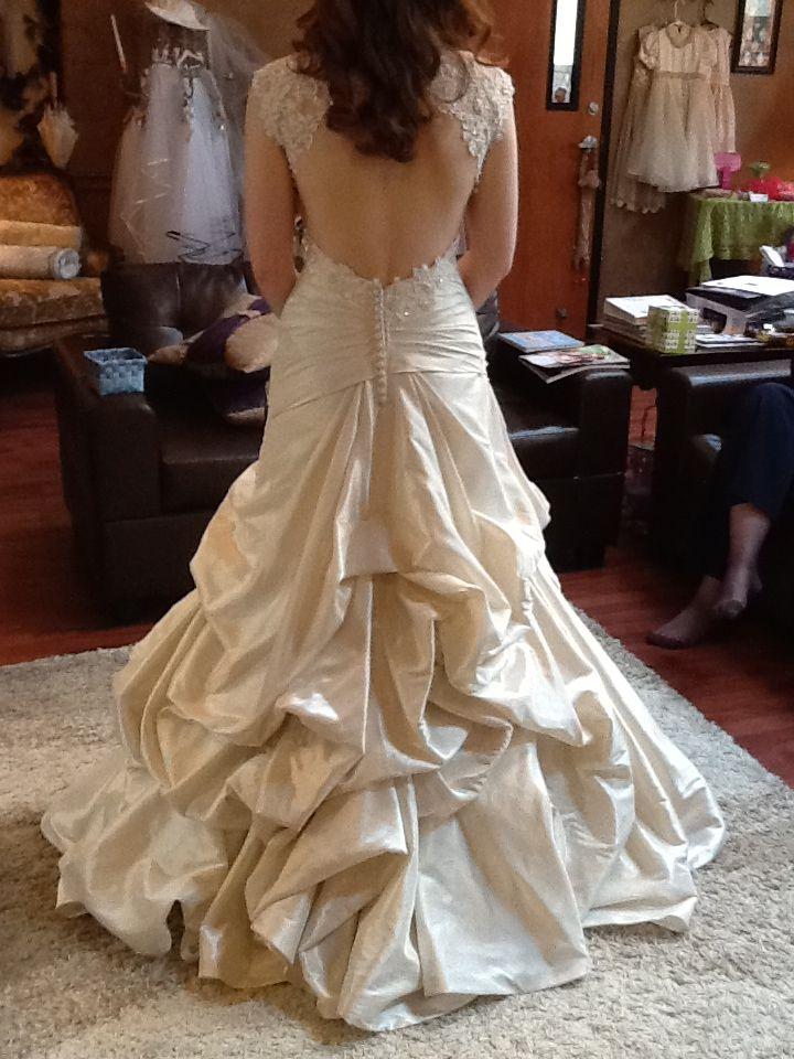 Waterfall bustle Wedding gown bustle, Wedding dress