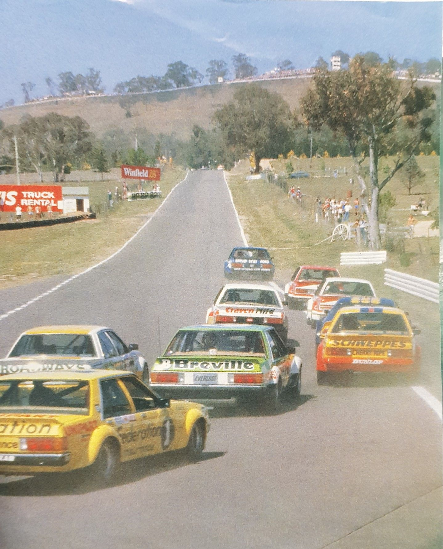 Pin By Dave Rita Jones On Racing Down Under Australian Muscle Cars Touring Car Racing Holden Muscle Cars