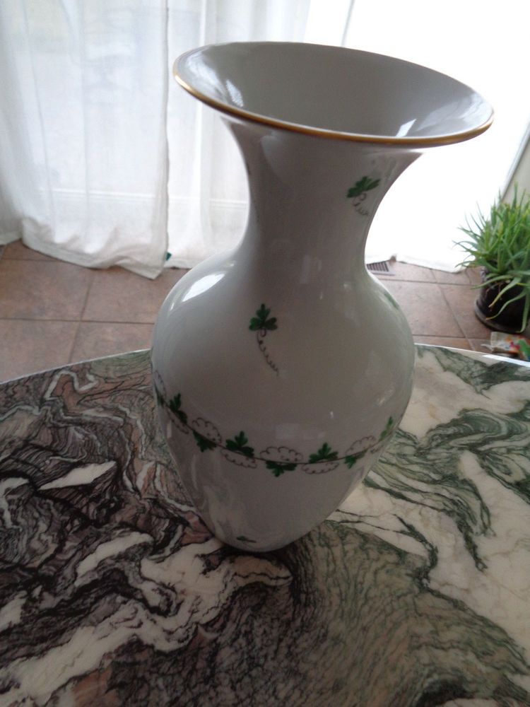Herend Large Green Parsley And Vine Vase Retired Hungarian