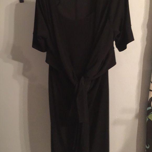 Yeutter Nygard black knitted dress Black Peter Nygard knit crate dress Peter nygaurd Dresses Midi