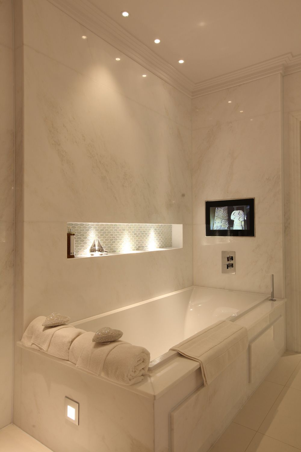 Floating LED Bath-Spa Lights | Boudoir Beauty | Pinterest | Lighting ...