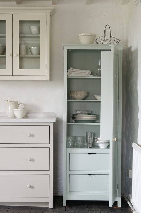 Best We Love This Little Devol Pantry Cupboard With Internal 400 x 300