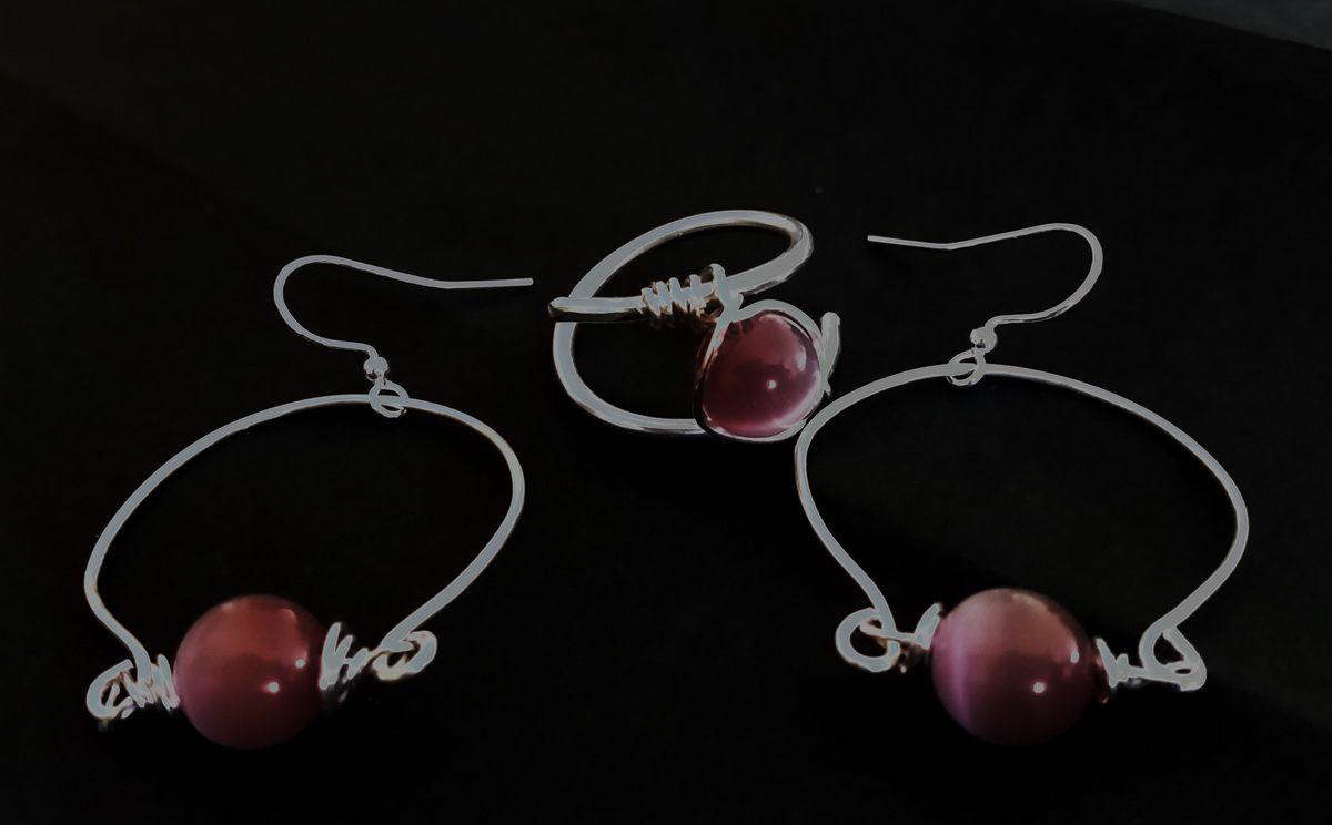 Anello in Alluminium Wire silver Color e Orecchini in Artistic Wire silver e perla occhi di gatto viola da 10mm - misura orecchini 25x35mm (escluso gancio)- 2016 novembre