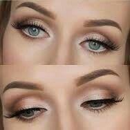 maquillaje natural para ojos claros