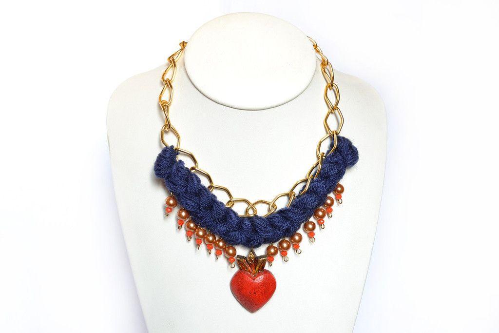 842428d1016b Collar Trenzado Azul con Corazón Rojo – Tienda Estilo Mexicano ...