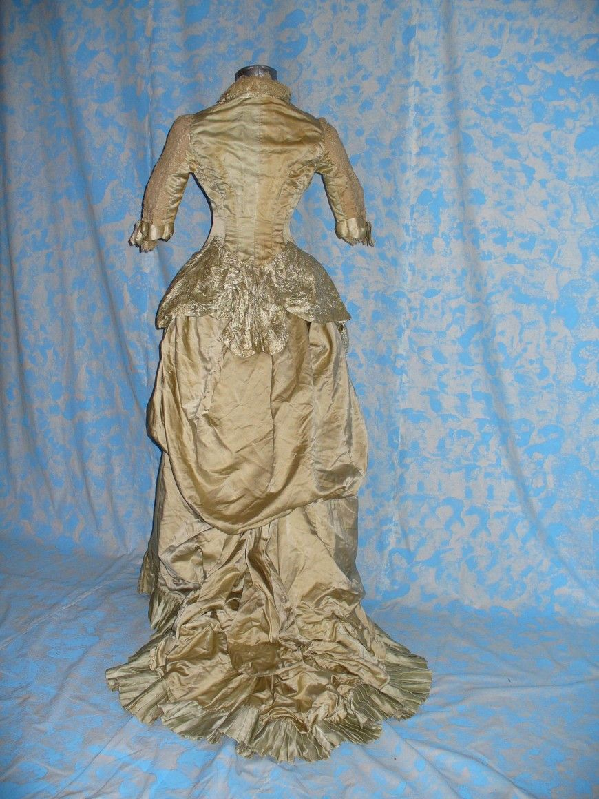 1885 WEDDING DRESS MADE SILK SATIN COLOR MINT AND BEIGE SILK DAMASK ...