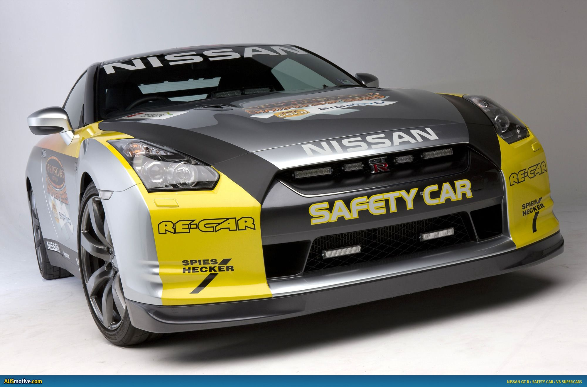 Super Cars Safety The Keynote As Nissan Brings Gt R To V8 Supercar Challenge