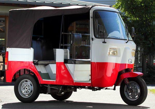 Toco Toco トコトコ 昭和初期のオート三輪の雰囲気 4輪免許で運転できる175cc 3人乗りトライク マイクロカー オート三輪 カー