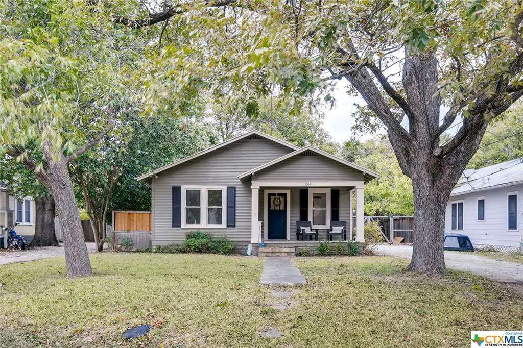 Craftsman Single Family New Braunfels Tx Beautiful Craftsman Cottage Within Walking Distance To Downtown Orig Sale House Vacation Property Rental Property