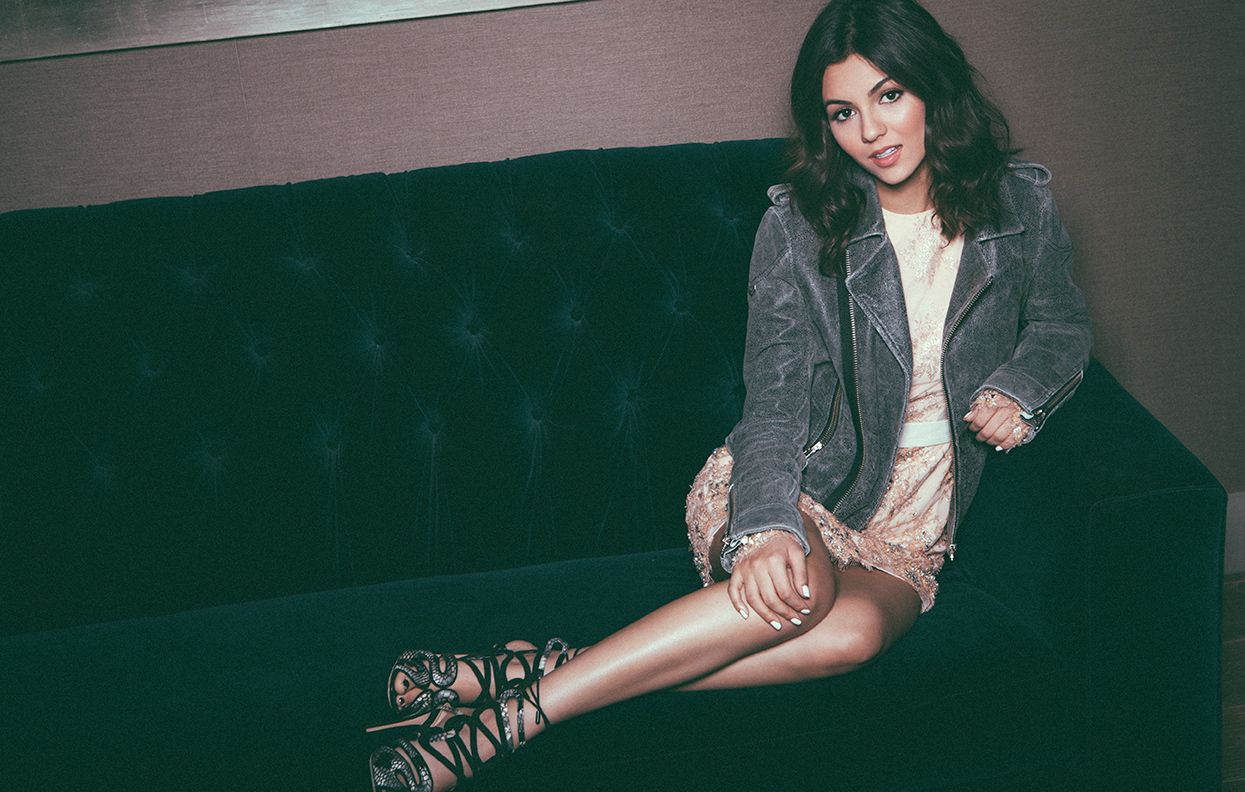 Victoria Justice Talks Style, Selfies, and Why She'll Leave Online Dating to Her TVCharacter Victoria Justice Talks Style, Selfies, and Why She'll Leave Online Dating to Her TVCharacter new images