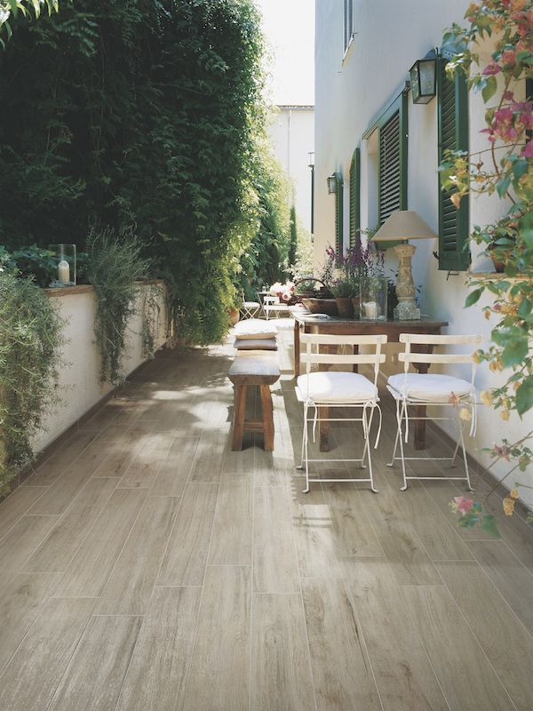 pin von t p auf terrasse garten garten terrasse und fliesen holzoptik. Black Bedroom Furniture Sets. Home Design Ideas