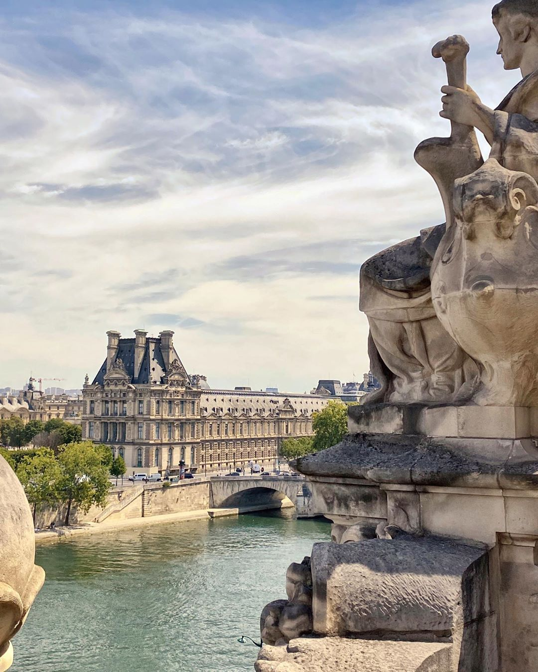 """Rive Gauche Rive Droite Paris : gauche, droite, paris, Daphne, Instagram:, """"Rive, Gauche, 😉Rive, Droite"""", Gauche,, Instagram,, Paris"""