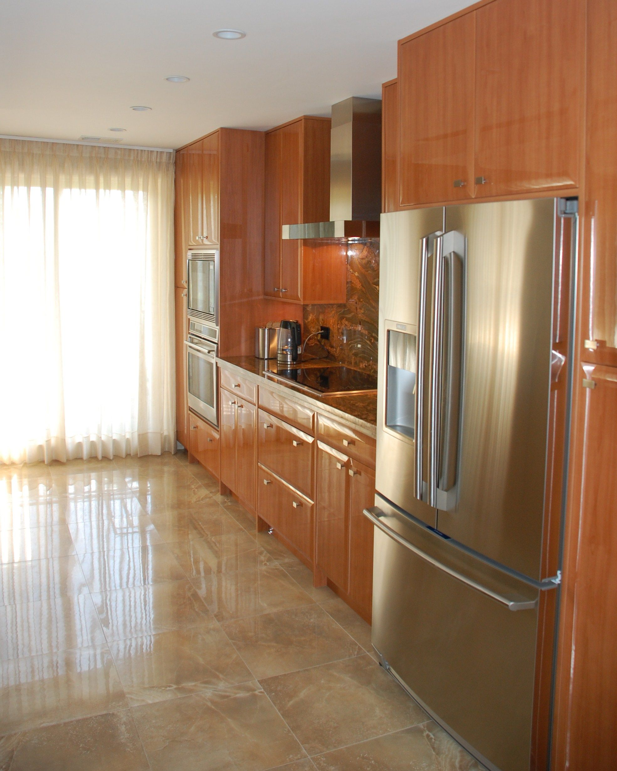 High gloss thermofoil, kitchen by Adagio cabinets 847-480-6300