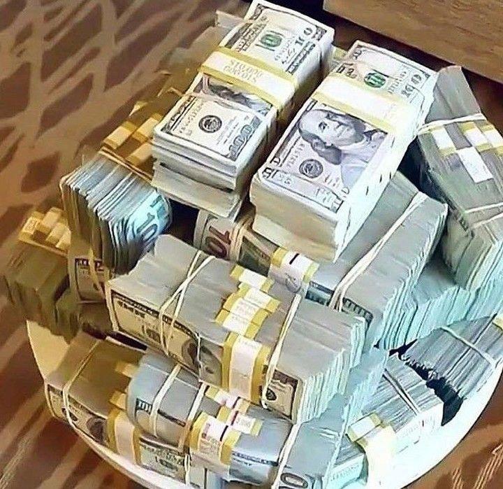 Comment Je Gagne 60 000 Par Mois Avec L Affiliation Money Cash Money Stacks Dollar Money