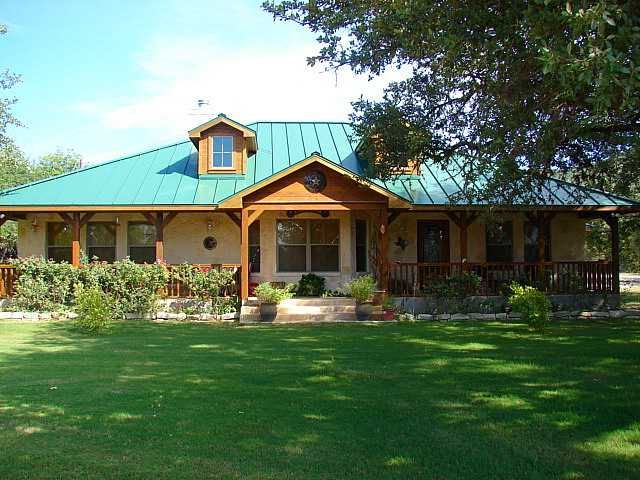 Country Homes Hill Country Home Front Of House Straight On Jpg Ranch House Exterior Hill Country Homes Ranch Style Homes