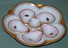Rare Antique Oyster Plate with Raised Center