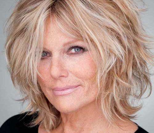 Tagli capelli medi per donne mature