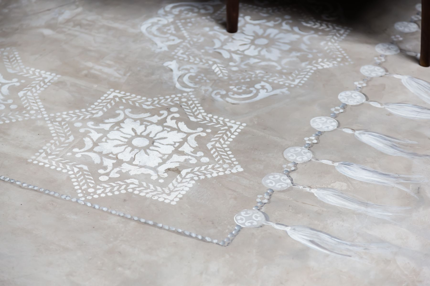 Portico Alfombras Lisboa Tile Stencil Stenciled And Painted Floors Pisos