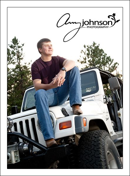 Senior Boy And His Jeep Mountain High School Senior Pictures Creative Senior Pictures Male