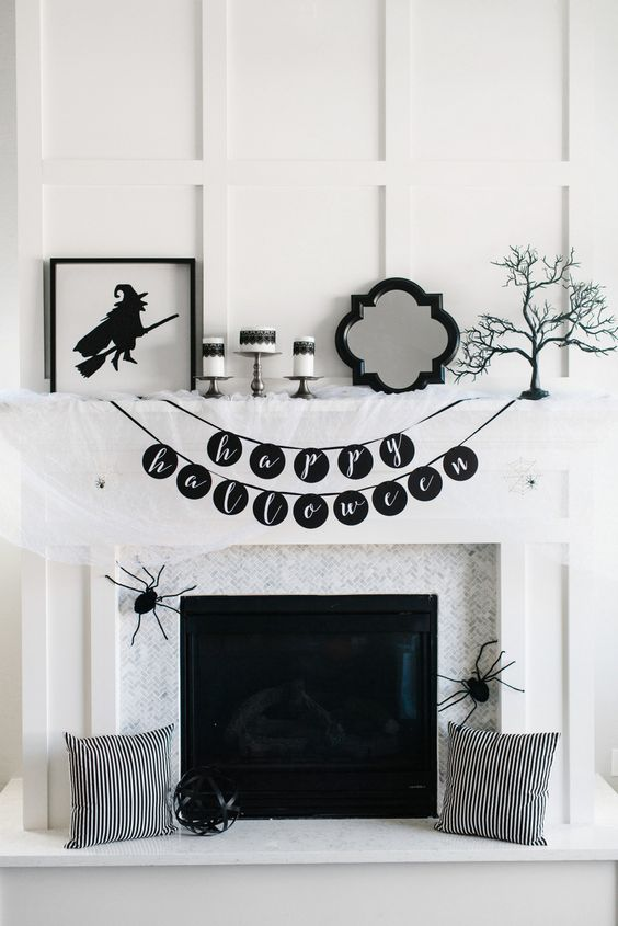17 Spooky Halloween Mantel Ideas You Need to DIY in 2018 Halloween