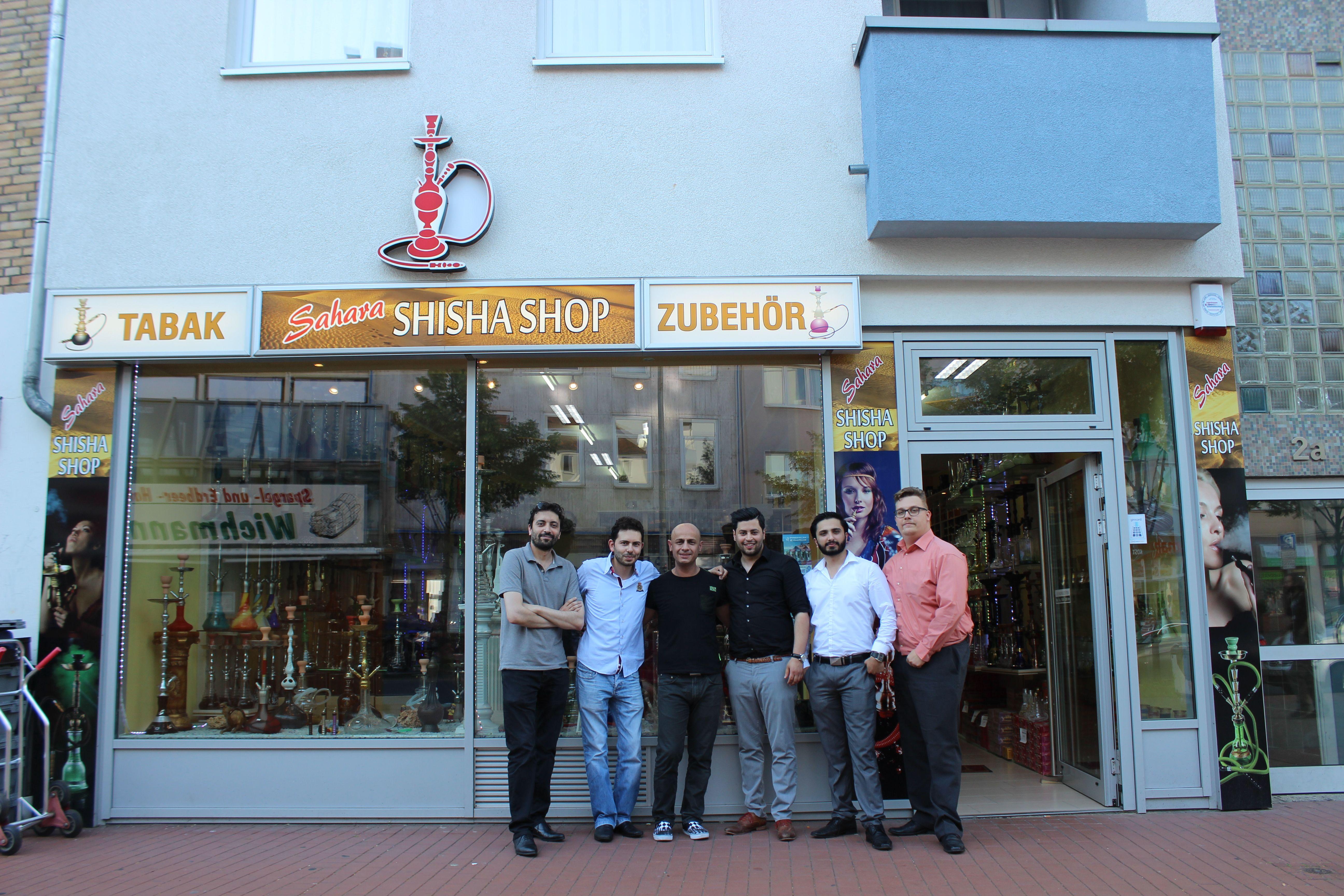 :) Sahara Shisha Shop :) www.sahara-shisha.com :) - - - http://www.sahara-shisha.com/tabak/milano/ - - - http://www.sahara-shisha.com/tabak/golden-pipe/  Im Rahmen des Proberauchens hatten wir einen spontan Besuch von den Chefs von MILANO Shisha Tobacco und von Golden Pipe Tobacco. Unsere Kunden hatten die Chance einmal direkt mit den Machern von Golden Pipe und Milano zu sprechen und viele Interessante Informationen über deren Tabak zu erhalten.  Vielen Dank, dass uns besucht habt!  Hier…