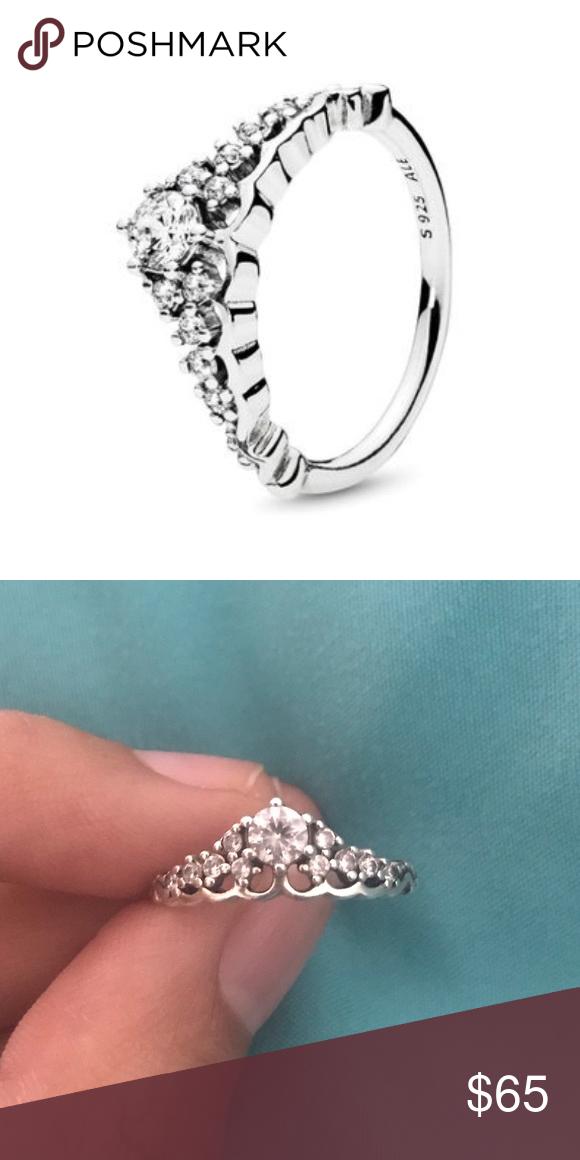 Pandora Fairytale Tiara Ring Barely Worn Diamonds All Intact