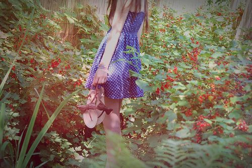 artsy pictures tumblr | artsy, berries, blue dress, dress ...