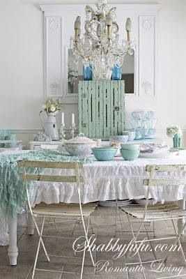 Shabby chic lovely dining space