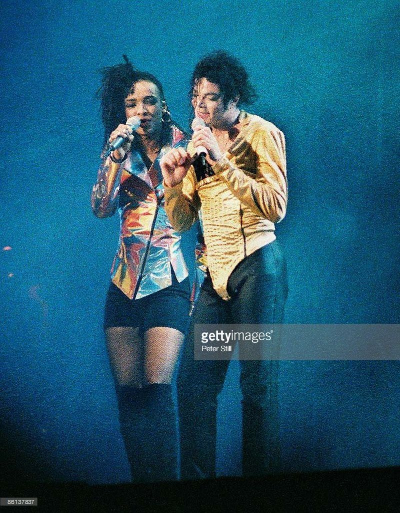 Archive Entertainment On Wire Image: Michael Jackson | King Of Pop ...