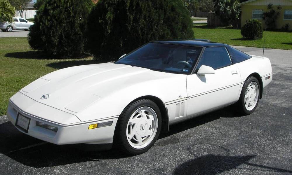 1988 White 35th Anniversary Corvette My Dad Had This Car Chevrolet Corvette Chevrolet Corvette