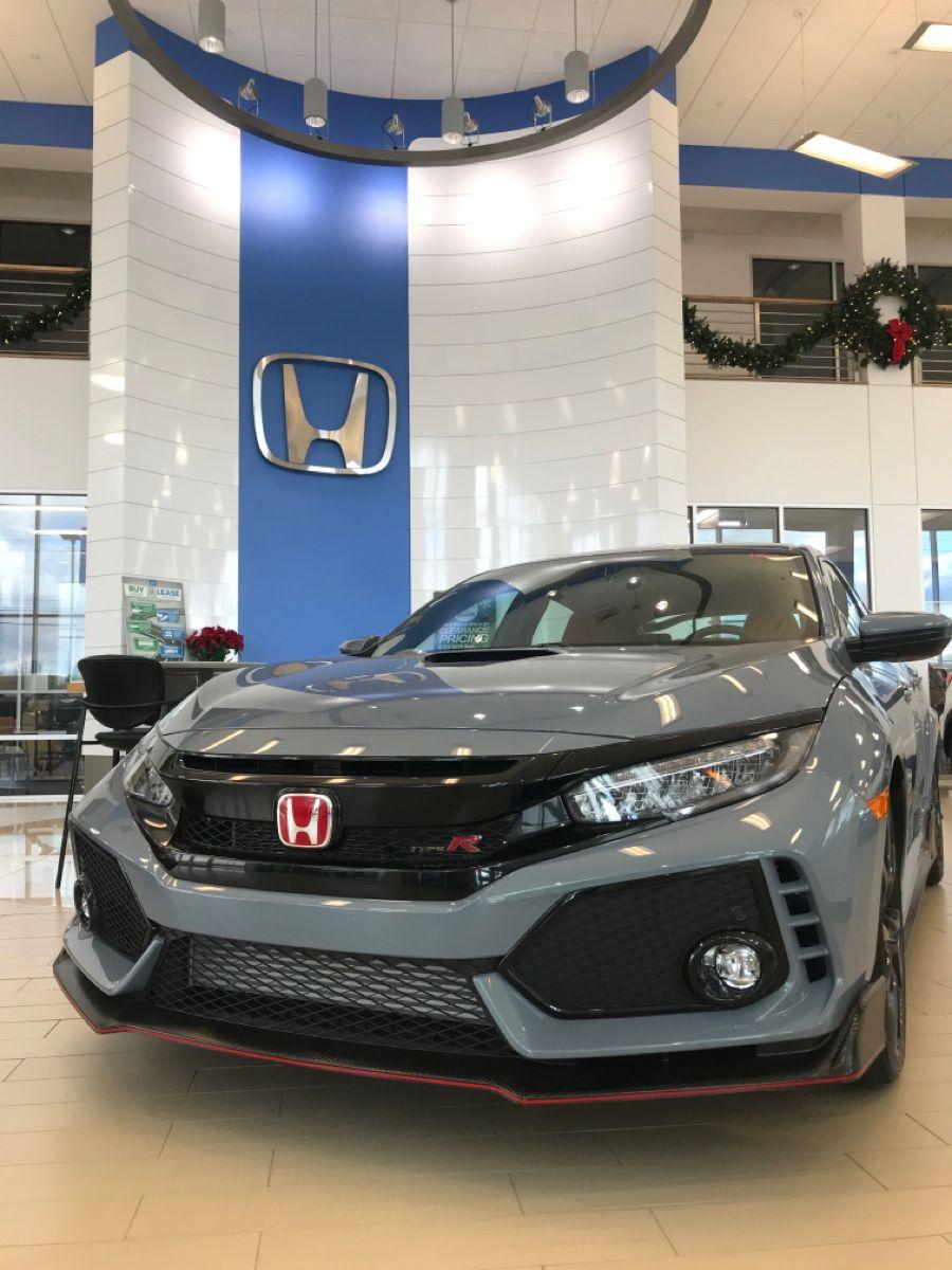 2019 Civic Type R In Sonic Gray Pearl What A Beaut Honda Civic Honda My Dream Car