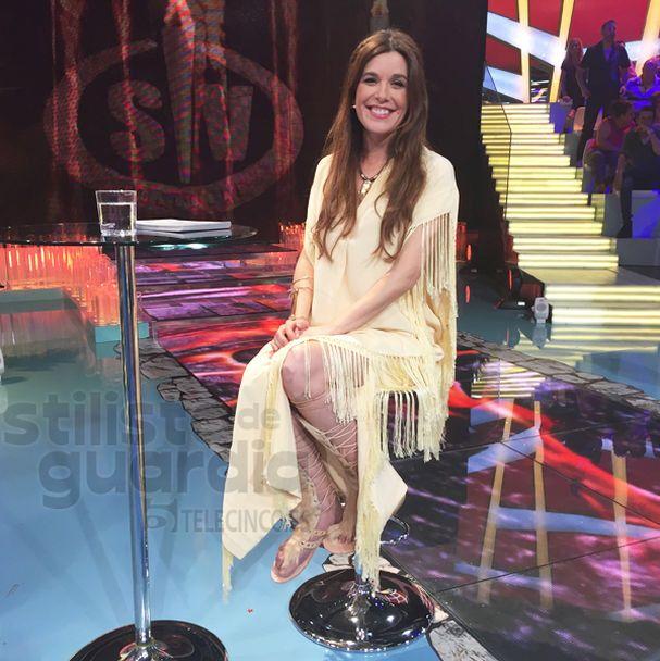 Raquel Sánchez Silva con sandalias de LalaSalama & co