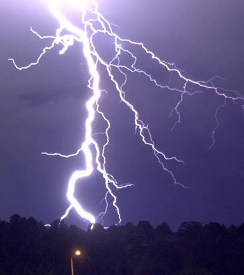 Lightning from last night's late storms that rolled through Colorado Springs. By: Michael Johnson @KKTV11News #cowx