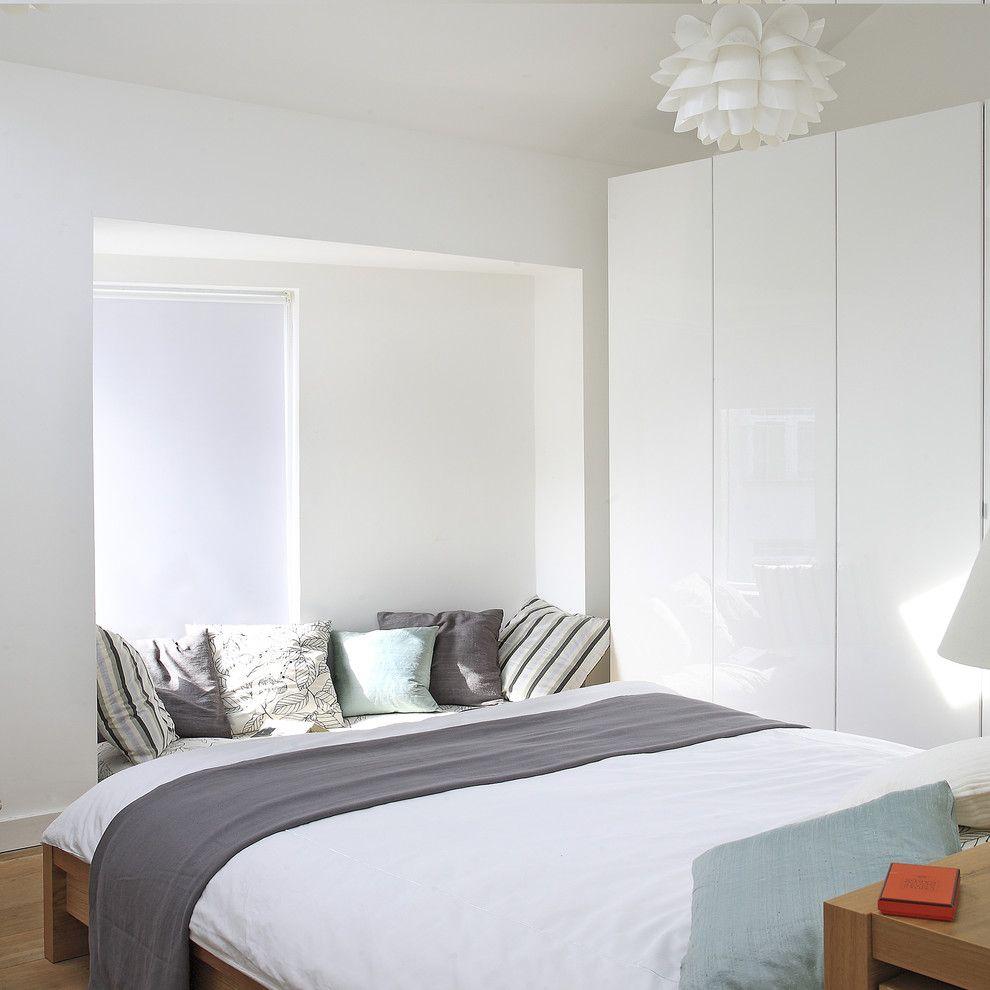 Minimalist Bedroom Ideas to Help You Get