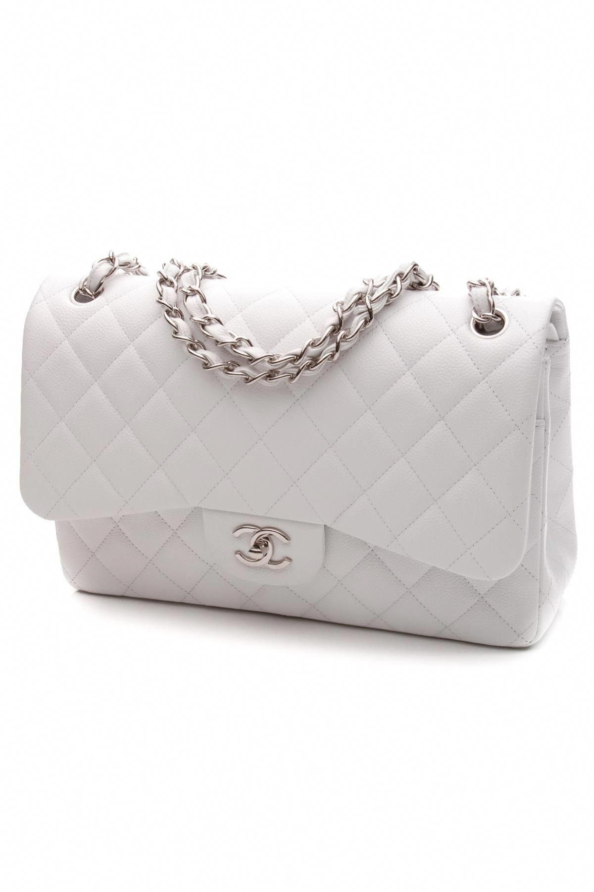 aa32711fbafc This white Chanel Classic Flap is absolutely impeccable! #Guccihandbags