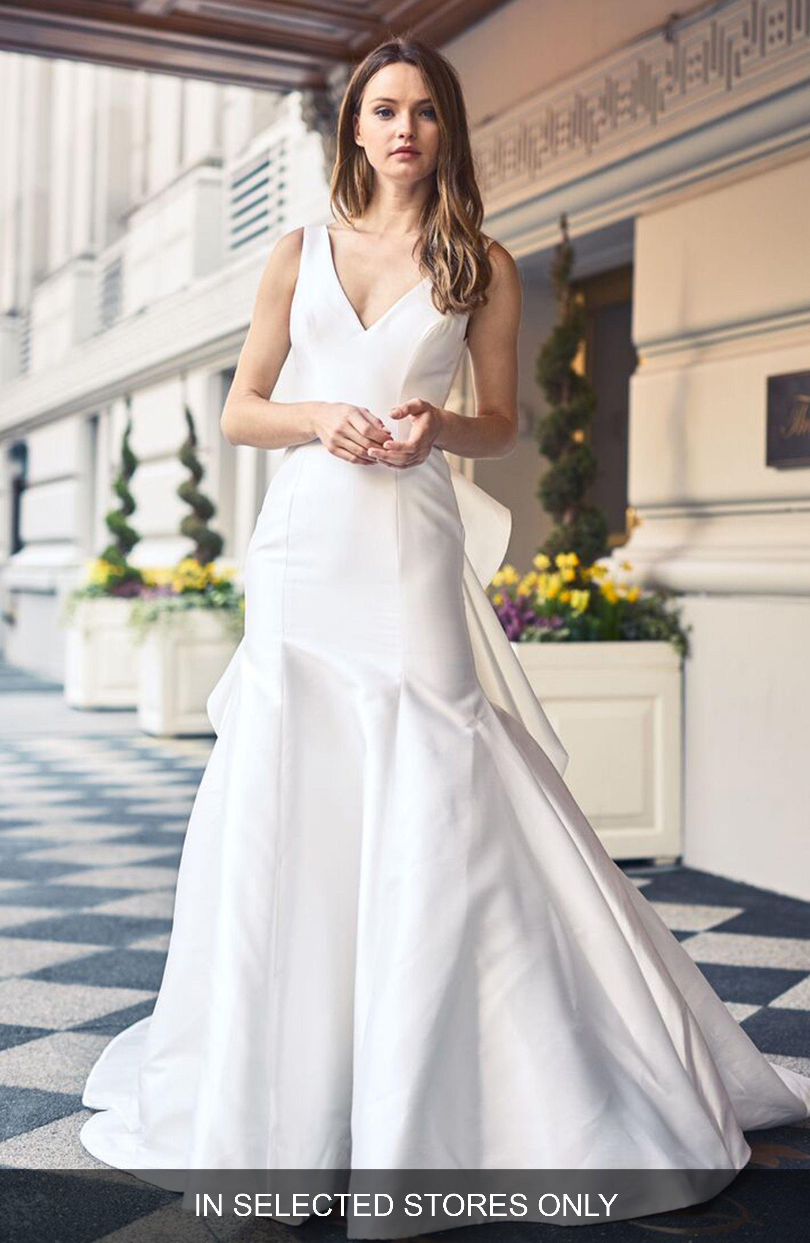 New BLISS MONIQUE LHUILLIER V-Neck Mikado | dresses | Pinterest ...