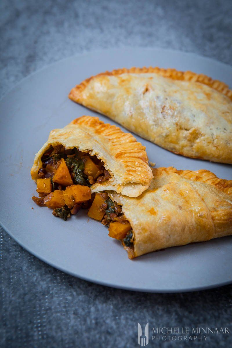 Vegetarian Cornish Pasties Try Out A Different Version Of The Cornish Pasty Recipe Pasties Recipes Cornish Pasties Vegetarian Pastries
