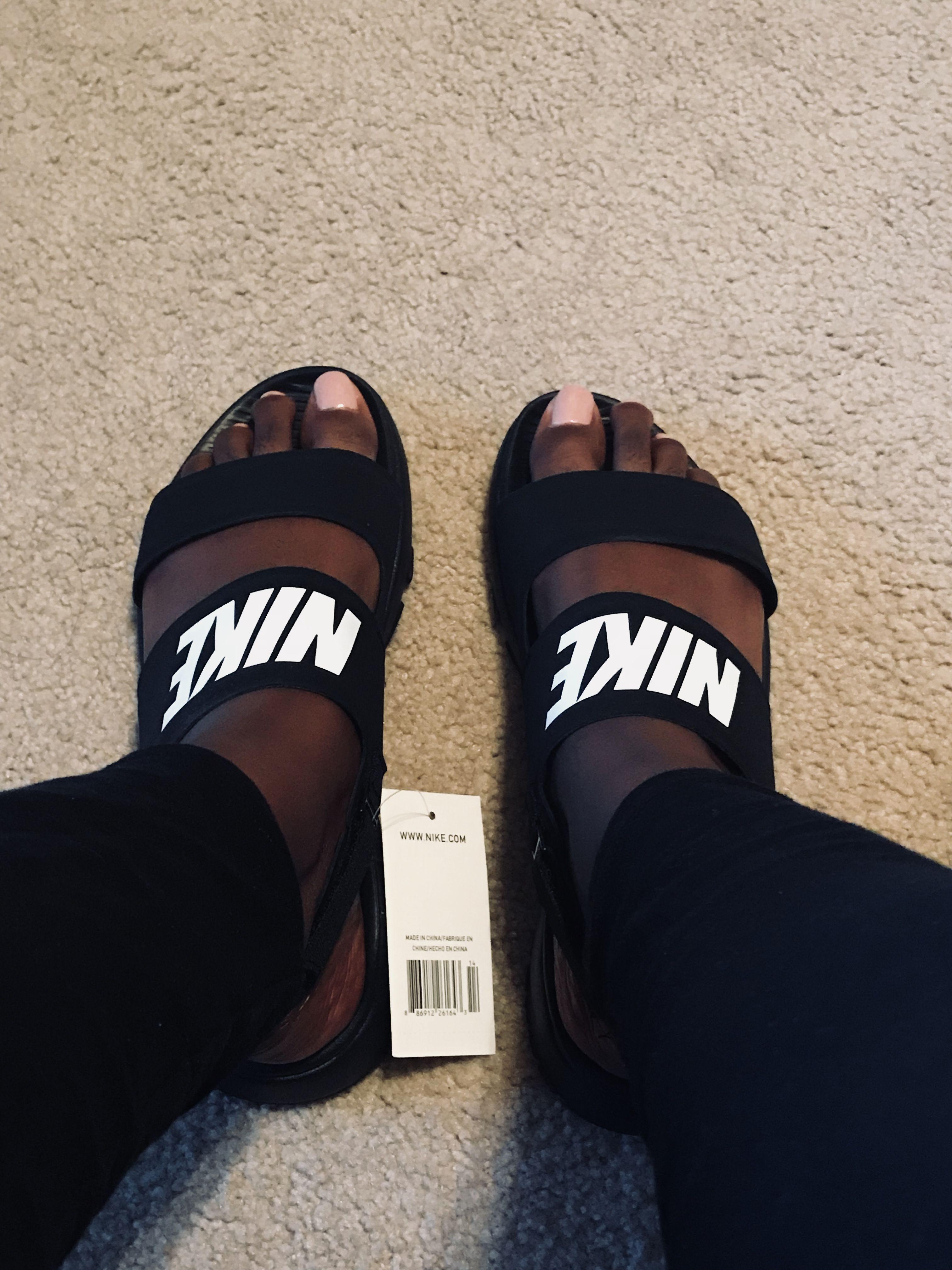 8c18c5b2823f Nike Tanjun Sandals