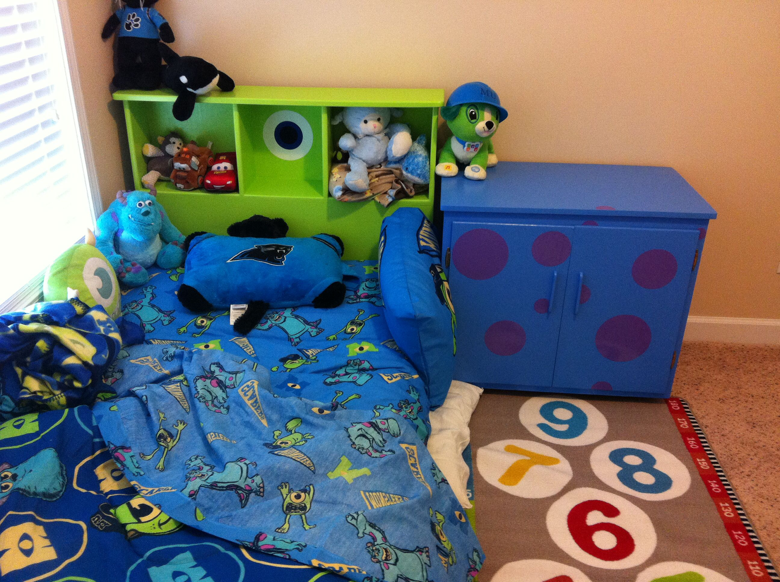 Monsters Inc Room Decor.Monsters Inc Inspired Bed Room Vinyl Polka Dots And Vinyl