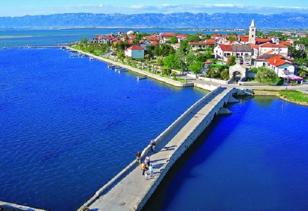 http://www.beachesandsunsets.com/images/nin-croatia.jpg