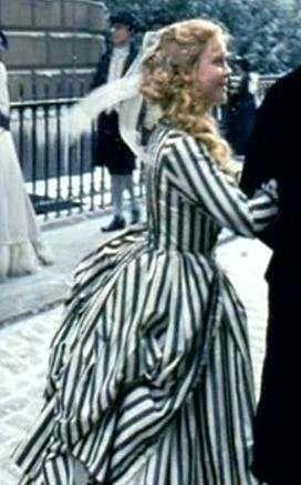 katrina van tassel costume christina google search sleepy hollow - Sleepy Hollow Halloween Costumes